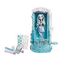 Ever After High Epic Winter Sparklizer Playset (Frustration-Free Packaging) for $  6.24 @ Amazon