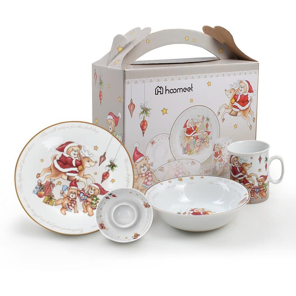 Christmas Themed 4-Piece Porcelain Dinnerware Set $11.90 AC FS w/ Prime
