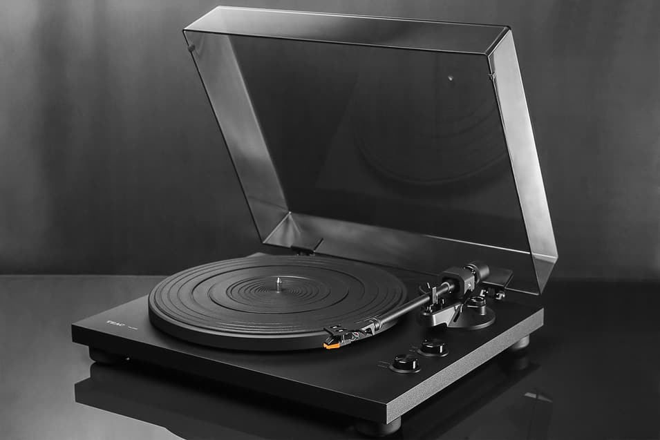 TEAC TN-200 Turntable $149.99 fs @ md