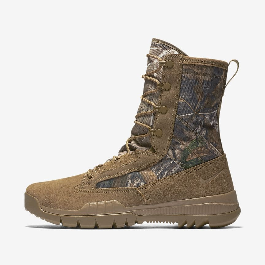 half off ddf6d 11c16 Men s Nike SFB 8