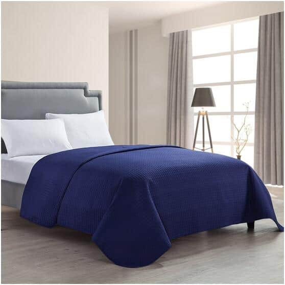 HollyHOME Luxury Super Soft Queen Quilt Bedspread - 5 Colors (Free Prime Shipping) $11.99