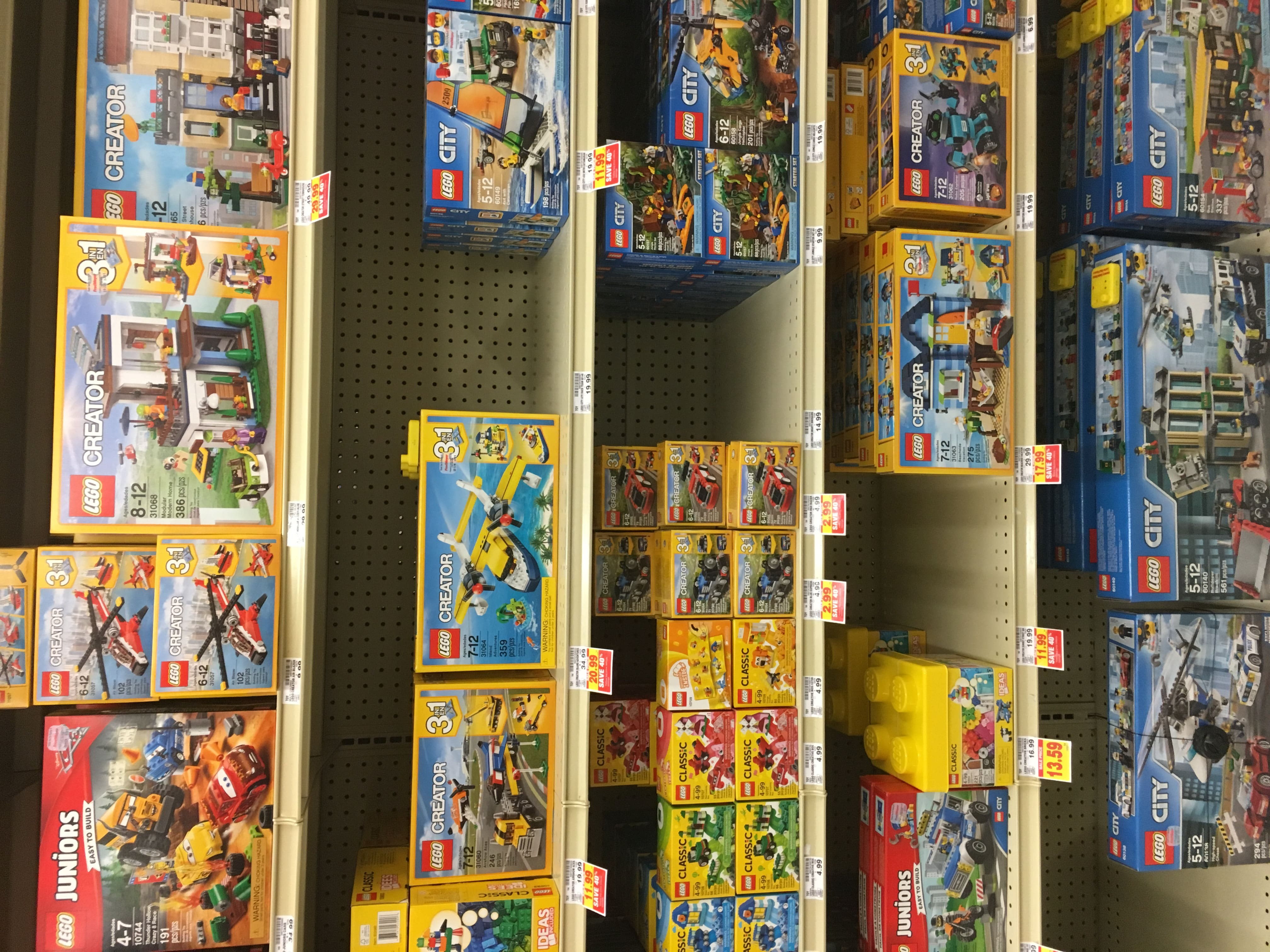 Fred Meyer Legos 40% off +15% off on 11/29 ONLY