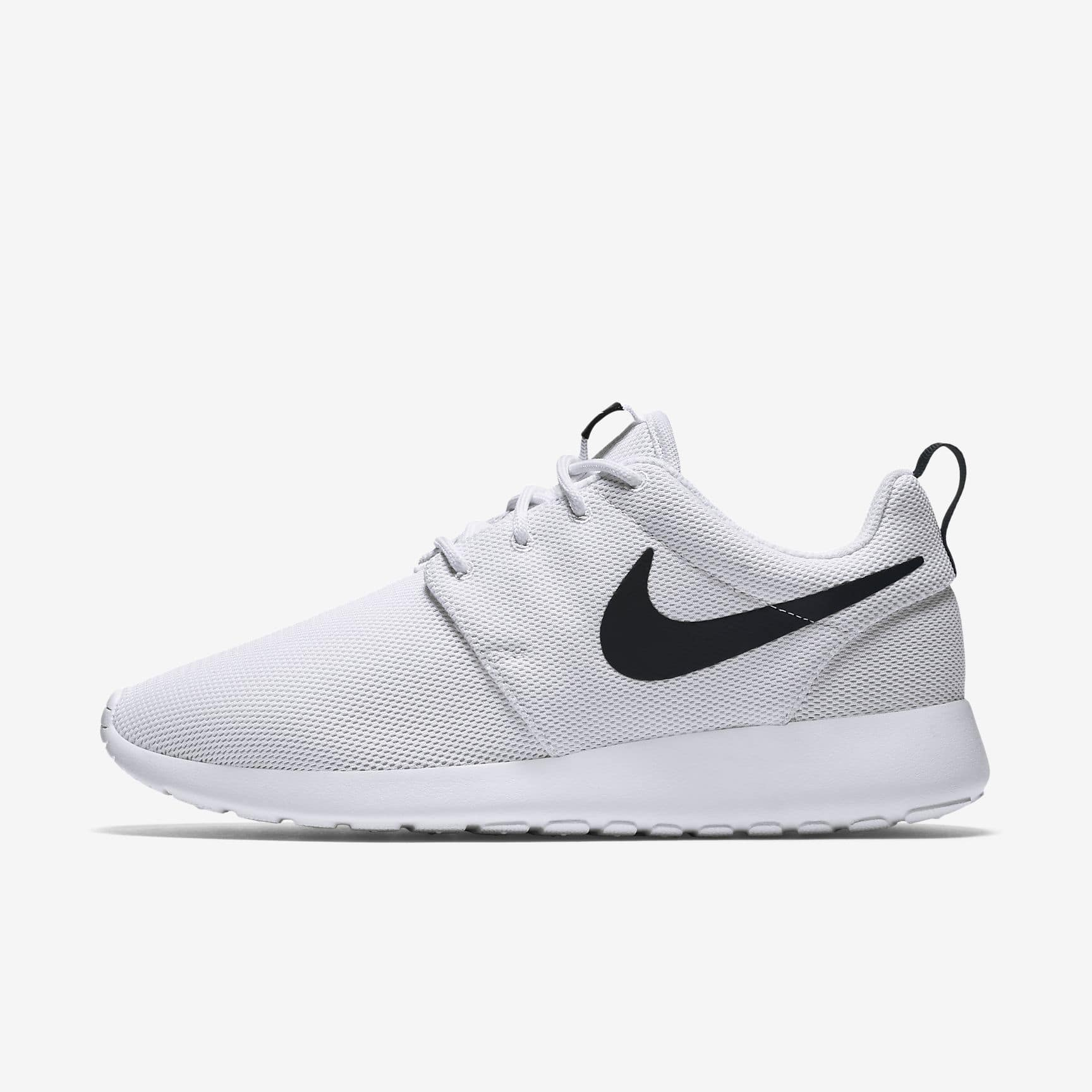 huge discount 0ccf6 b1871 Nike Women's Roshe One Shoes (White/Black/White ...