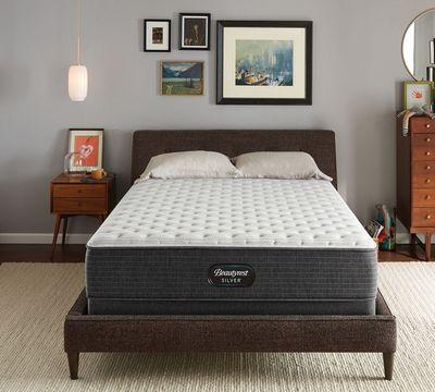 Beautyrest Silver BRS900: Extra Firm QUEEN Mattress $393.49