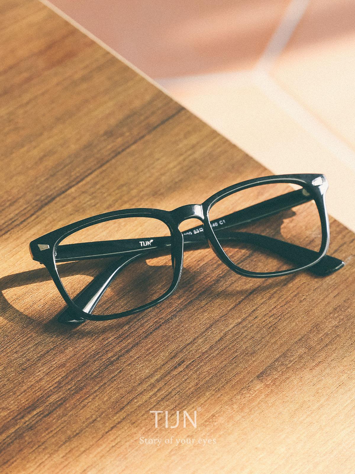 TIJN Unisex Wayfarer Non-prescription Glasses Frame Clear Lens Eyeglasses [Black, Transparent] $9.25