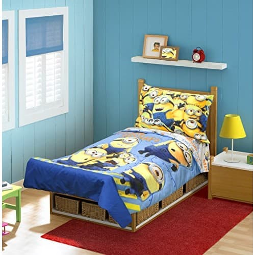 Minions MISHAP 4 pc Toddler Bedding Set $16.8