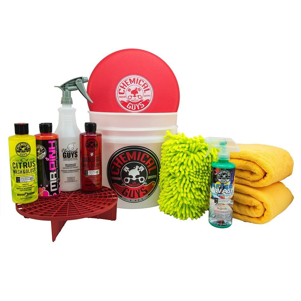 Chemical Guys HOL121 Best Car Wash Bucket Kit (11 Items) - $11.90