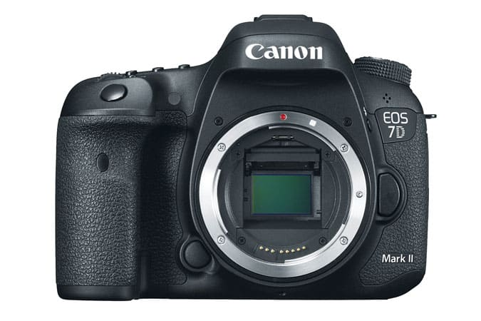 Canon Refurbished Sale: 7D Mark II $999, w/ 18-135stm lens $1249, t5i + 18-55mm stm lens + 40mm stm lens $479 & More
