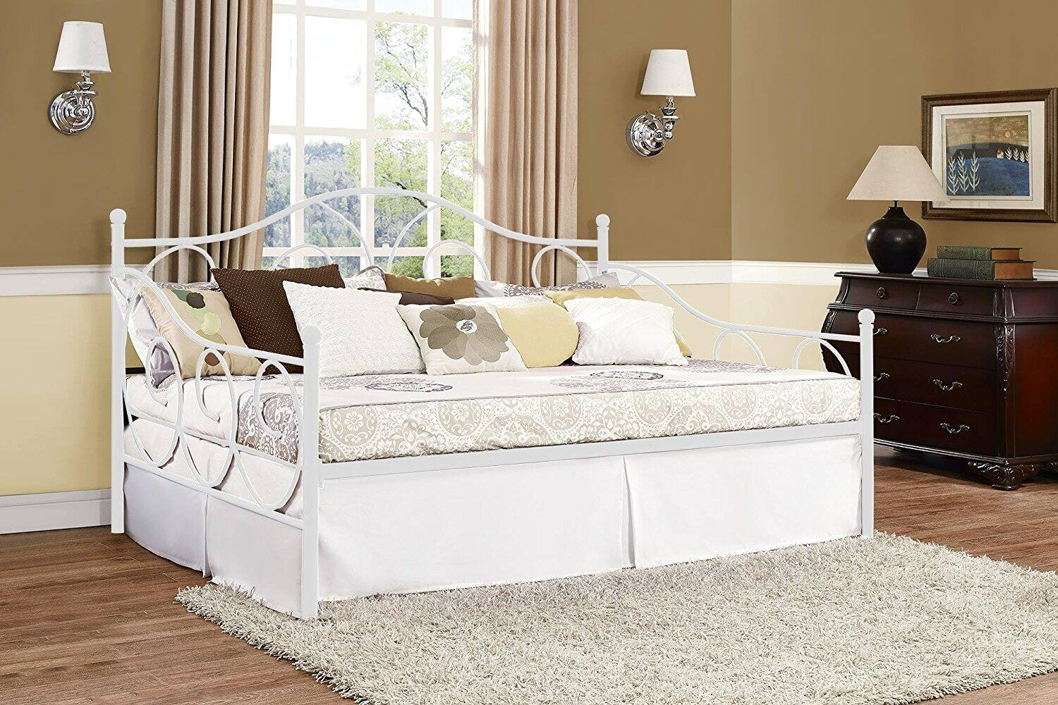 Cute DHP Victoria Full Size Metal Daybed White FS w Prime Slickdeals net