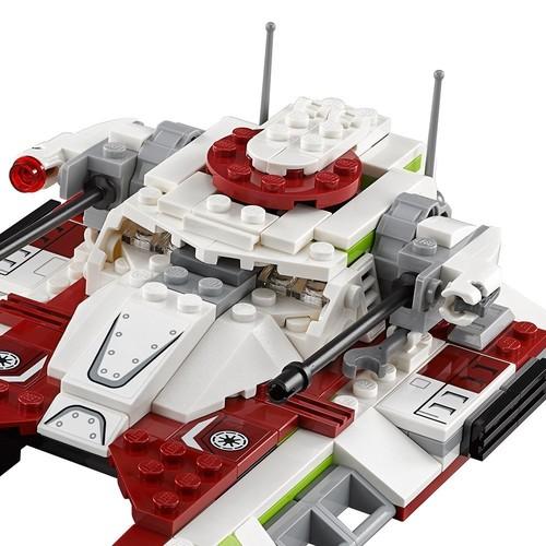 LEGO Star Wars Republic Fighter Tank 75182 Building Kit $19.99