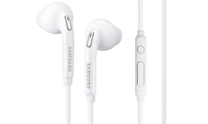 Samsung Galaxy S7 Active In-Ear Headphones with Remote and Mic $5