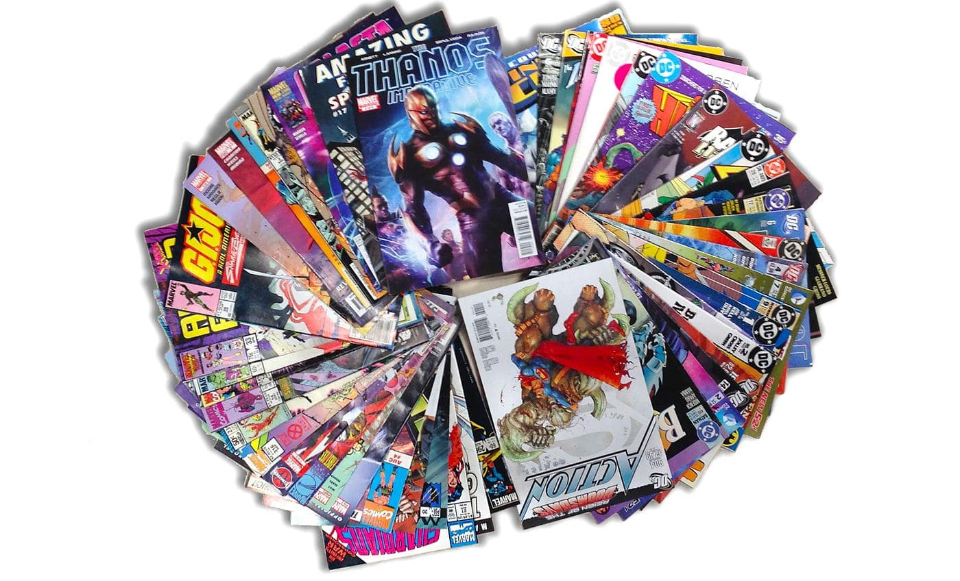 DC Comics and Marvel Comic book bundles $17.99
