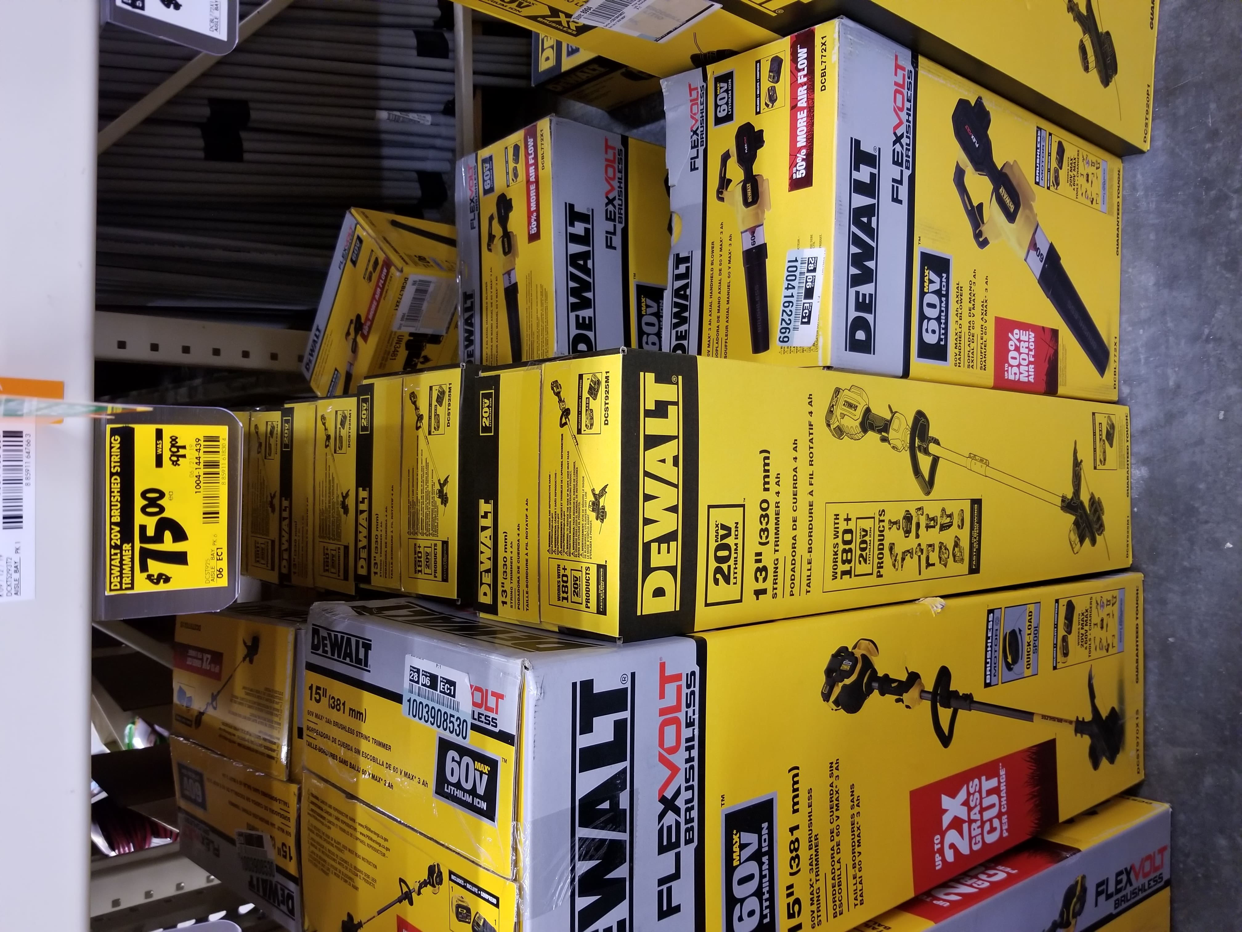 DeWalt 13 in. 20-Volt Max Lithium-Ion Cordless (NOT Brushless) String Trimmer 4Ah + Charger $75 YMMV B&M