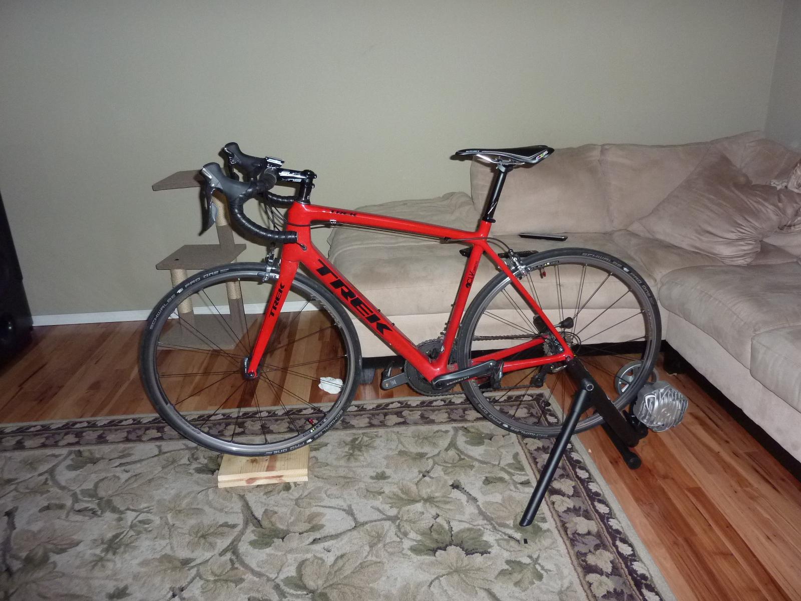 Trek Madone 400 carbon road bike frame / fork / Headset $549 west coast