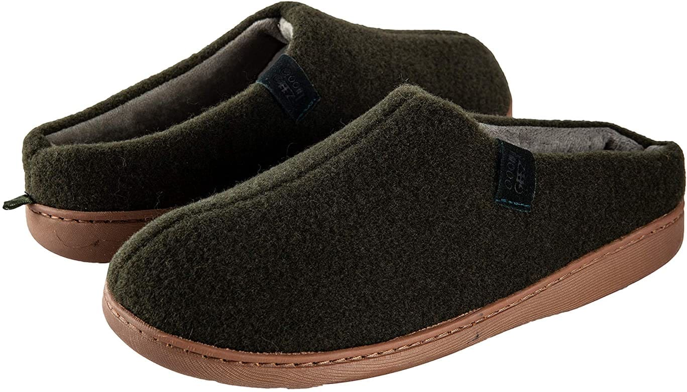 Men's Cozy Slippers Non-Slip Sherpa House Shoes for $6.65 + Free Shipping