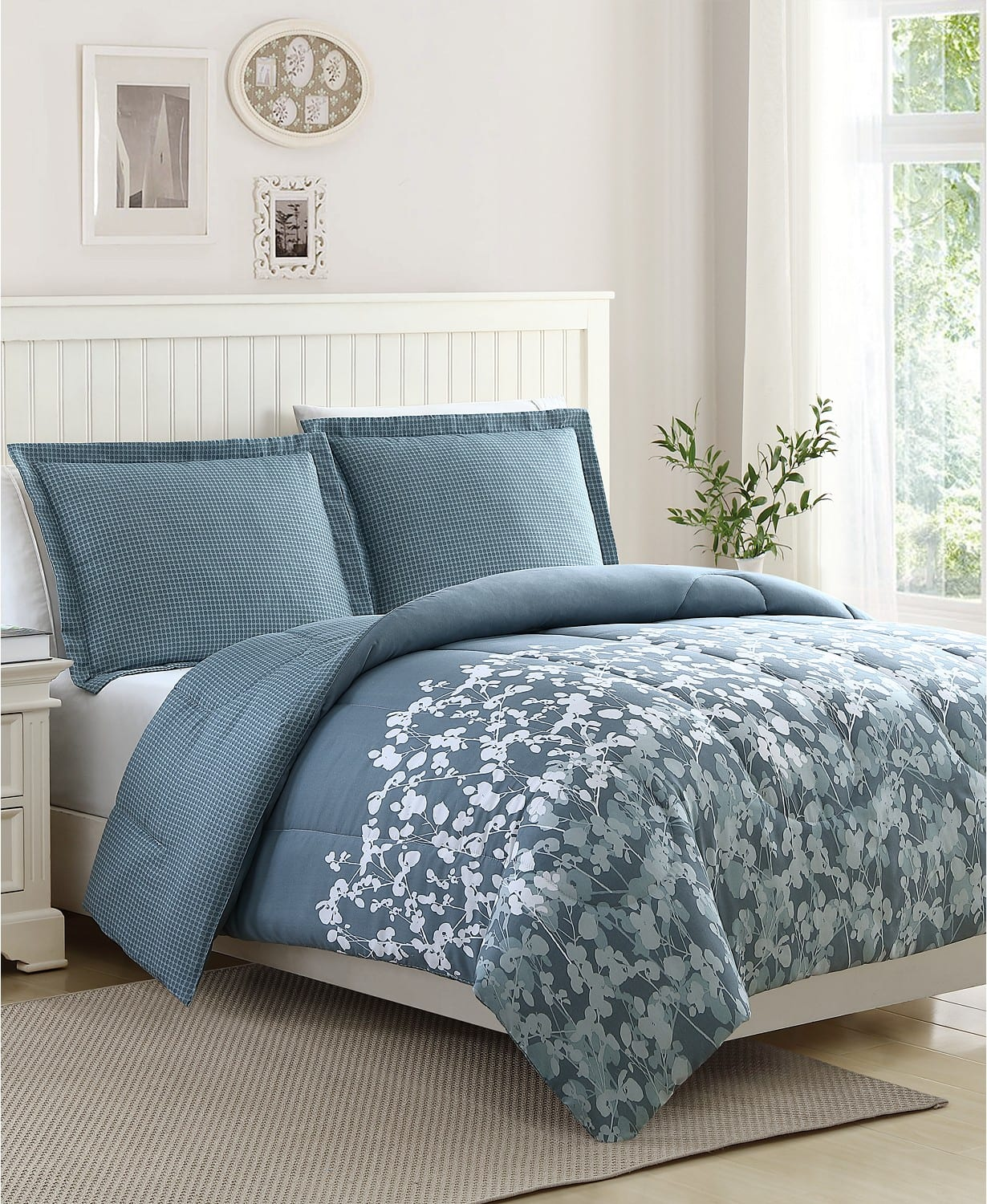 3-Piece Comforter Sets (Multiple Styles) $19.99