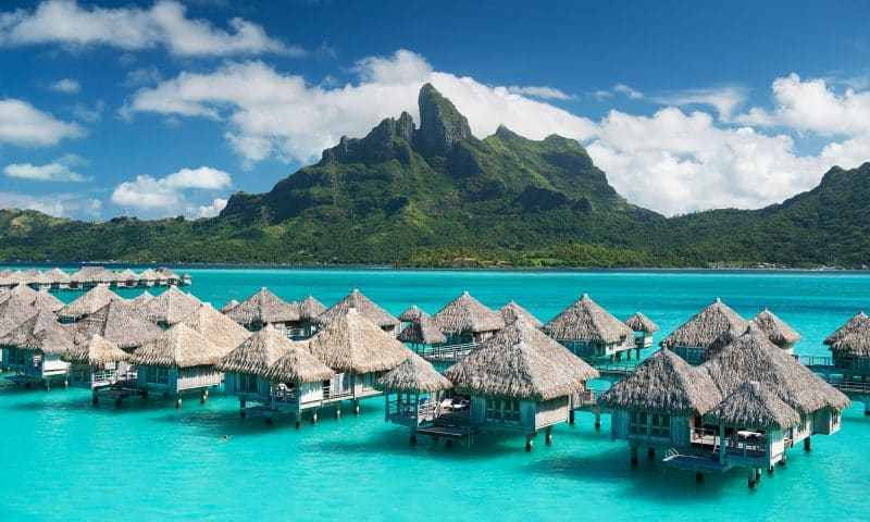 San Francisco to Tahiti RT non stop fares in United (Aug-Dec) for $578