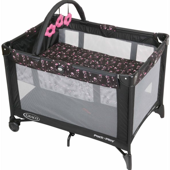 Graco Pack 'n Play On the Go Playard with Bassinet, Priscilla $49.9