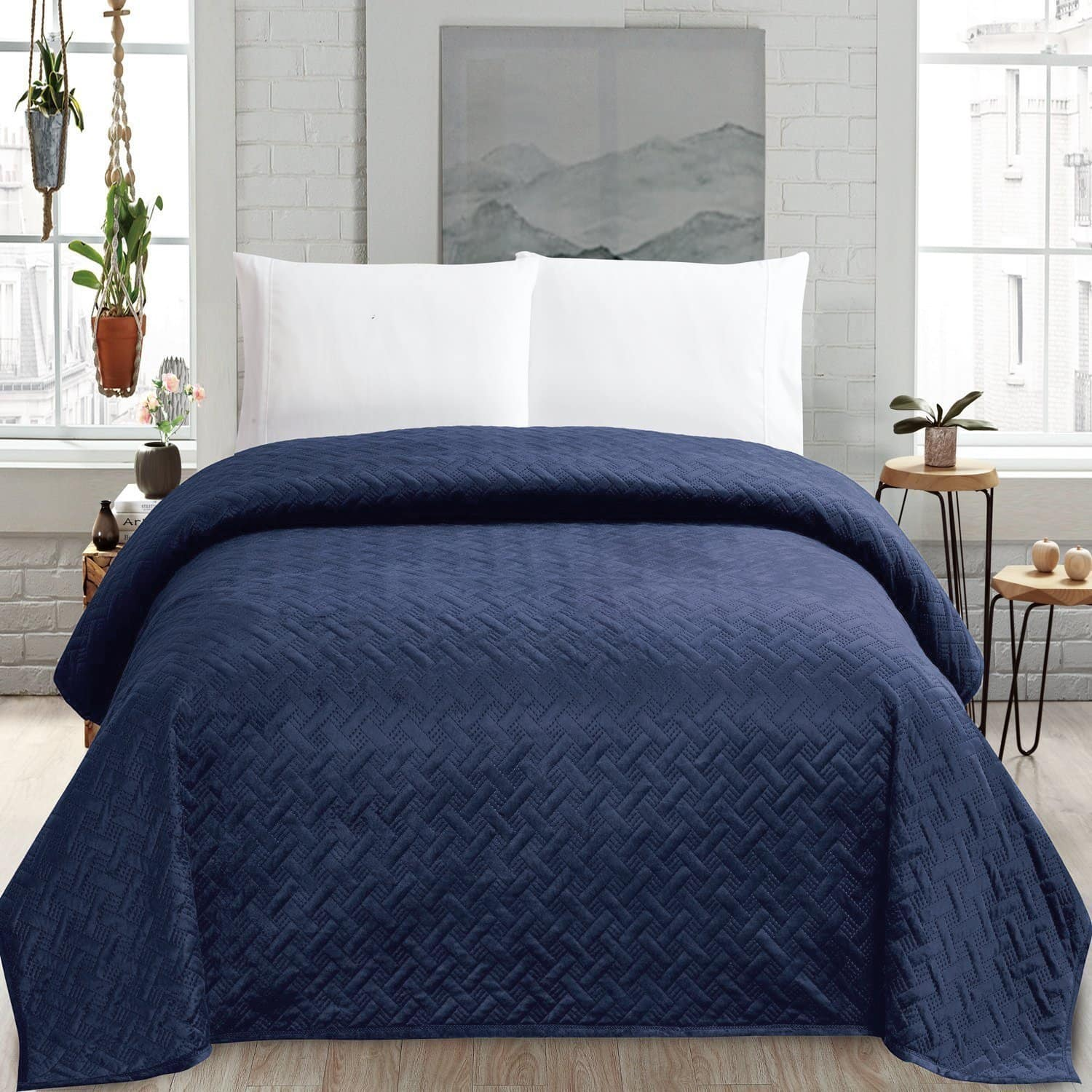 HollyHOME Super Soft King Size Quilt Comforter for only $22.95 AC @Amazon