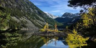 Atlanta to Bozeman MT or Vice Versa $171 RT Airfares on United Airlines BE or American Airlines Main Cabin (Flexible Ticket Travel October - December 2021)