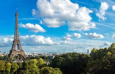 Roundtrip Flight: Boston, MA to Brussels, Belgium Or Paris, France  $300 (Travel BRU Sept-Oct, CDG Sept-Nov)