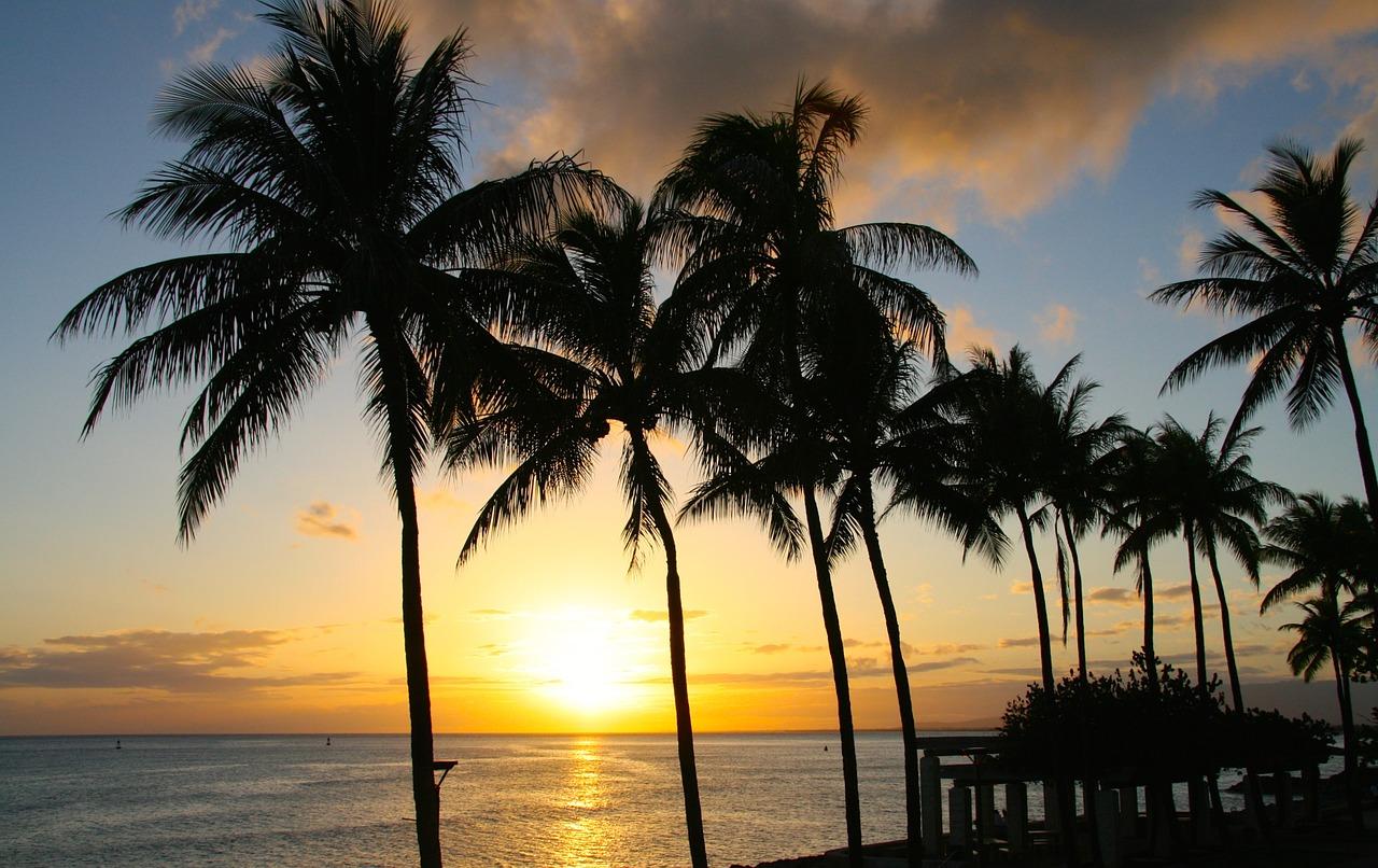 Atlanta to Honolulu Hawaii $454 RT on American Airlines (Late Sept Travel)