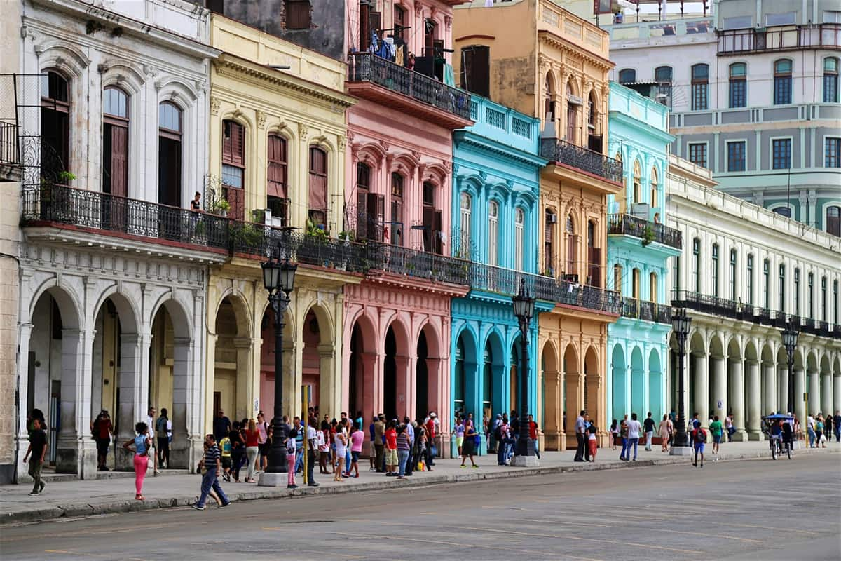 Chicago to Havana Cuba $267 RT Airfares on American Airlines (Limited Travel Sept 2019)