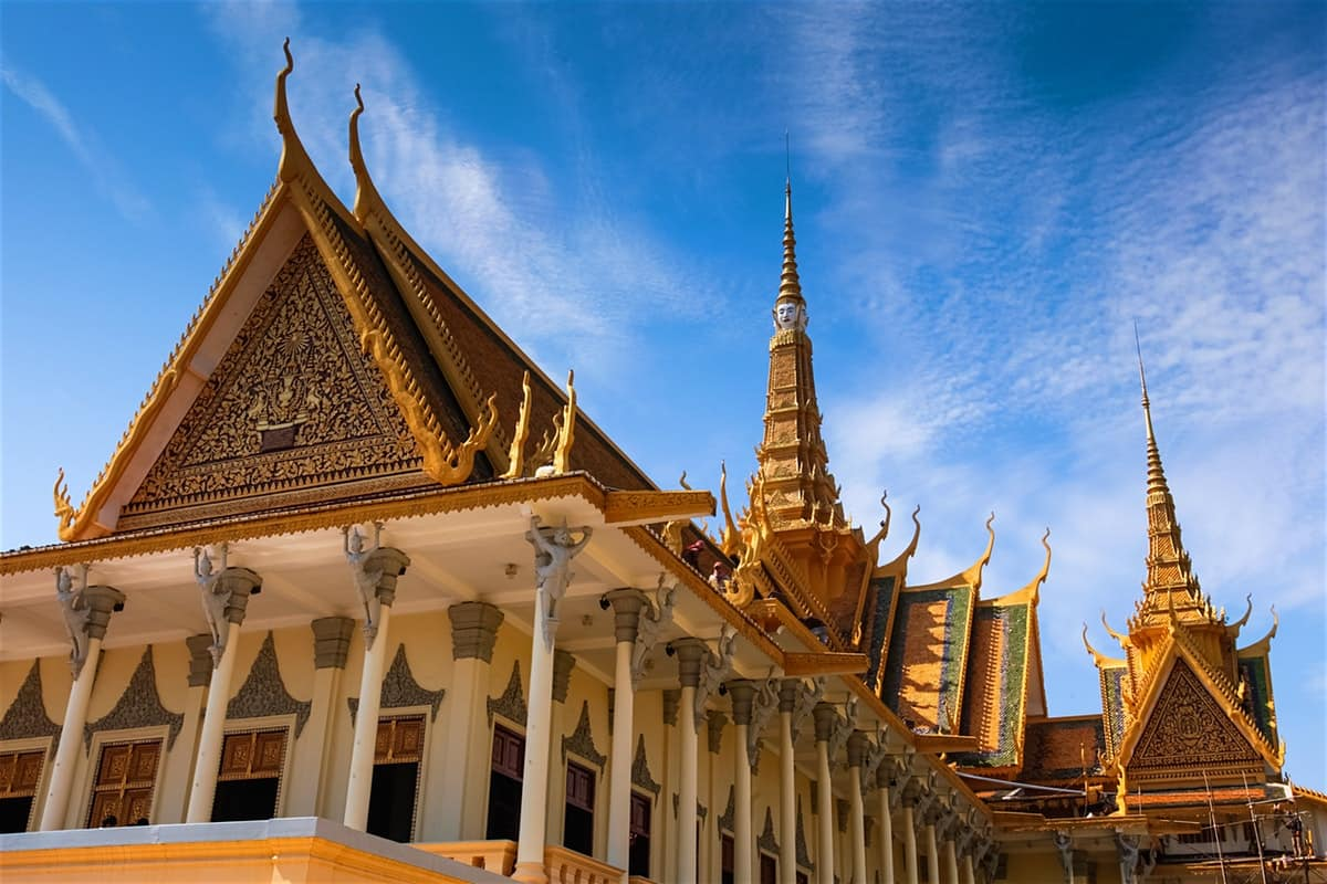 Los Angeles to Phnom Penh $380-$420 RT Airfares on Xiamen Airlines (Limited Travel Oct-Nov 2019)
