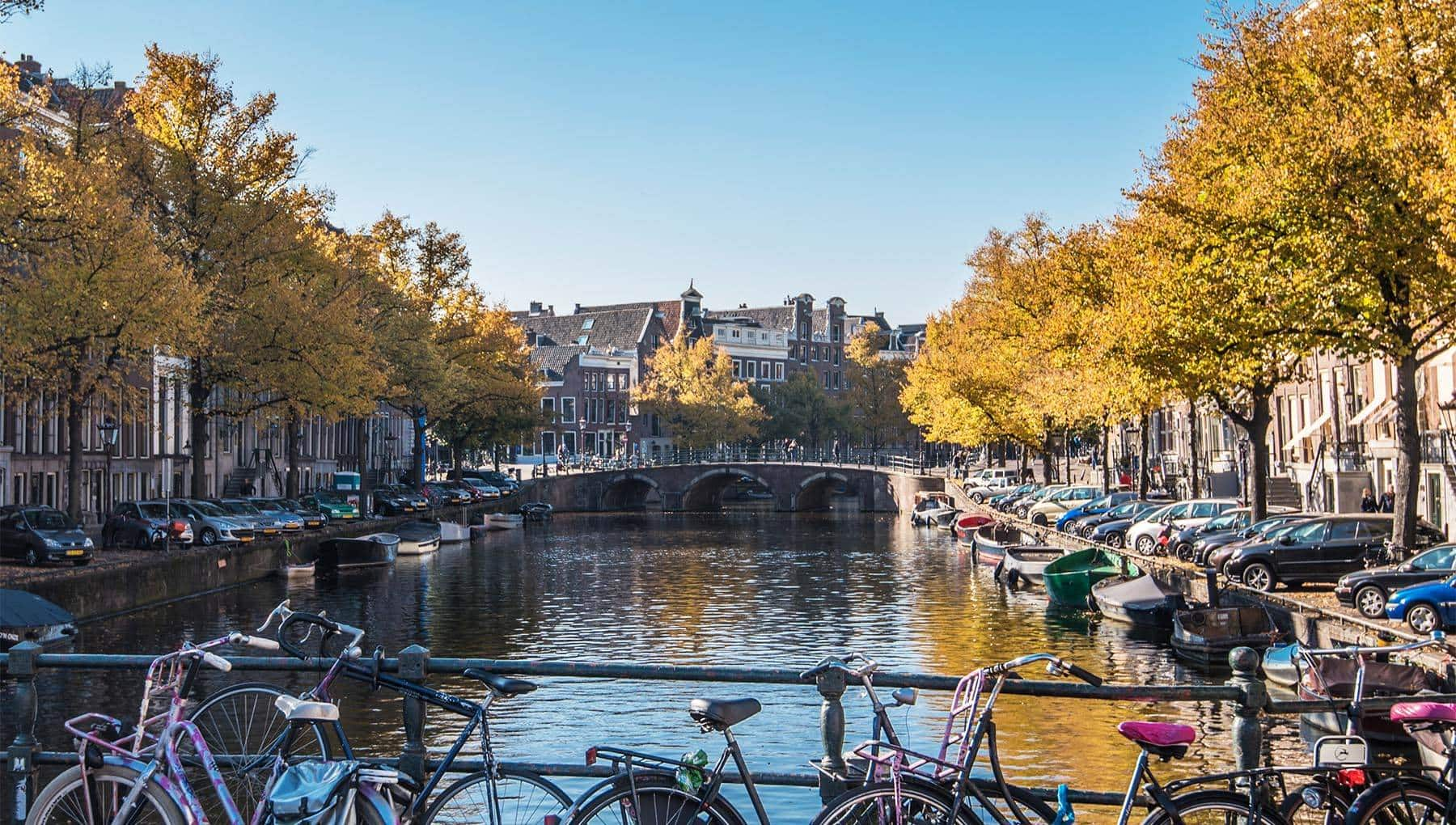 Salt Lake City to Amsterdam Netherlands $458 RT Airfares on United Airlines BE (Travel January