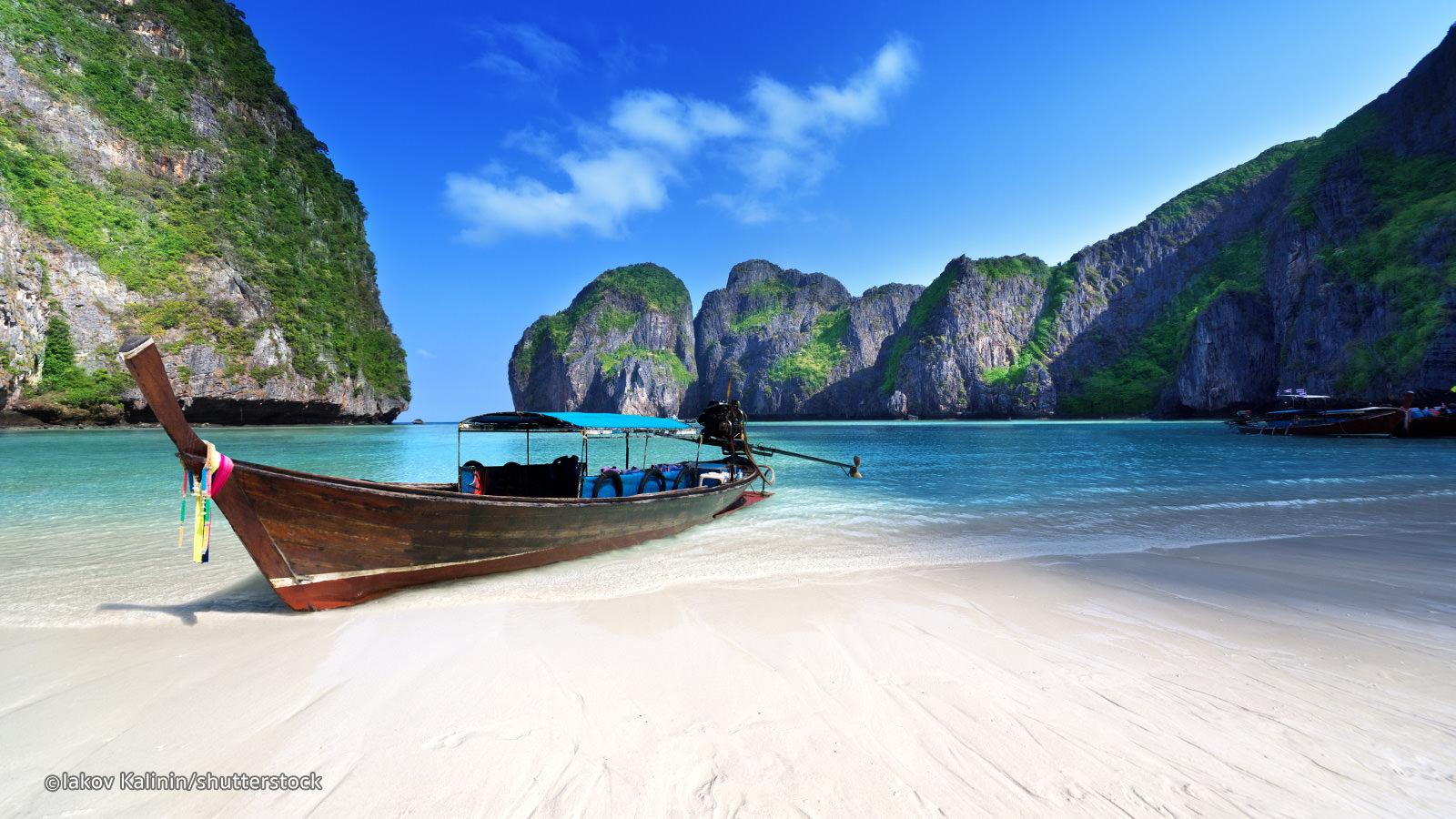 New York to Bangkok or Phuket Thailand $383-$393 RT Airfares on China Southern Airlines (Travel January-March 2020)
