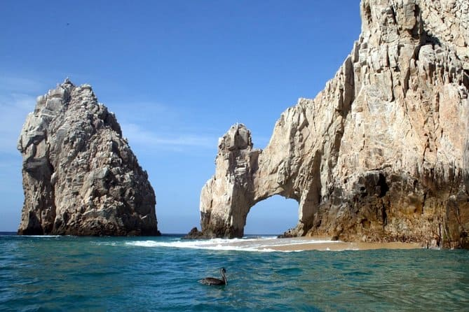 St Louis Missouri to Cabo San Lucas Mexico $245-$255 RT Airfares on United or American Airlines BE (Travel November-May 2020)