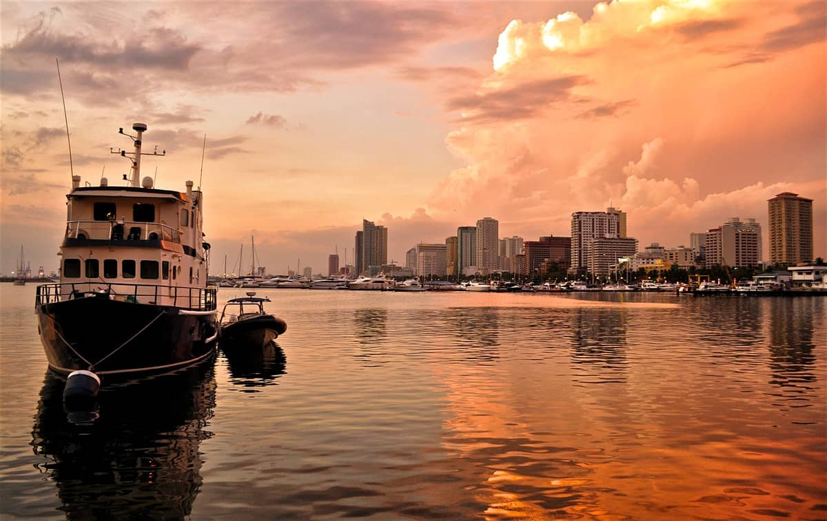 Seattle to Manila Philippines $613 RT Airfares on Singapore Airlines with Free City Tour of Singapore During Stopover (Travel March-May; Aug-Sept 2020)