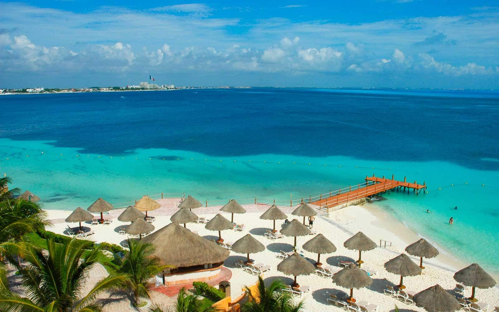 Cleveland OH to Cancun Mexico $166 RT Airfares on American Airlines BE (Travel November - February 2021)