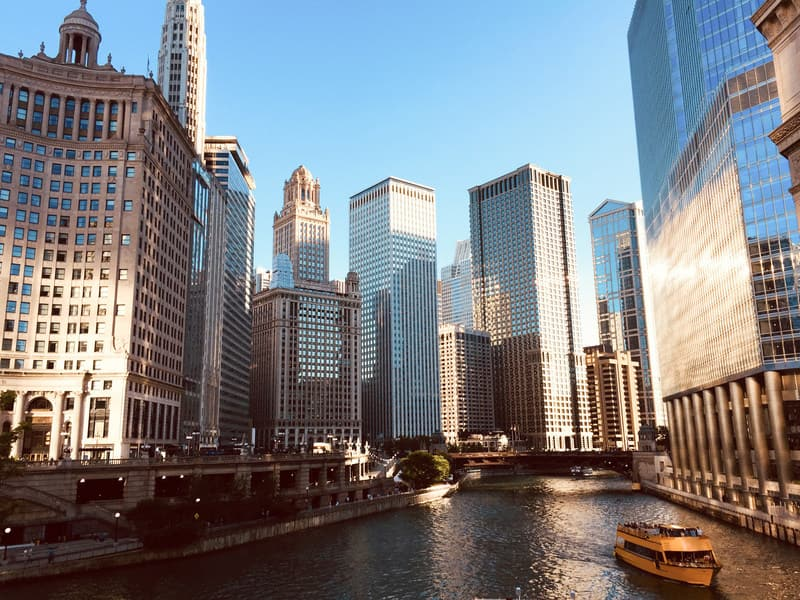 Boston to Chicago or Vice Versa $36 OW or $71 RT Nonstop Airfares on JetBlue  (Flexible Ticket Travel October - November 2020)