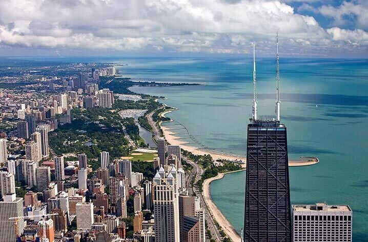 Louisville KY to Chicago or Vice Versa $99 RT Nonstop Airfares on American Airlines Main Cabin  or United Airlines BE (Travel March - May 2021)