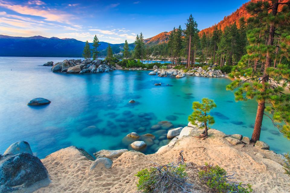 Seattle to Reno / Lake Tahoe or Vice Versa $117 RT Nonstop Airfares on Alaska Airlines Saver (Summer Travel June - August 2021)
