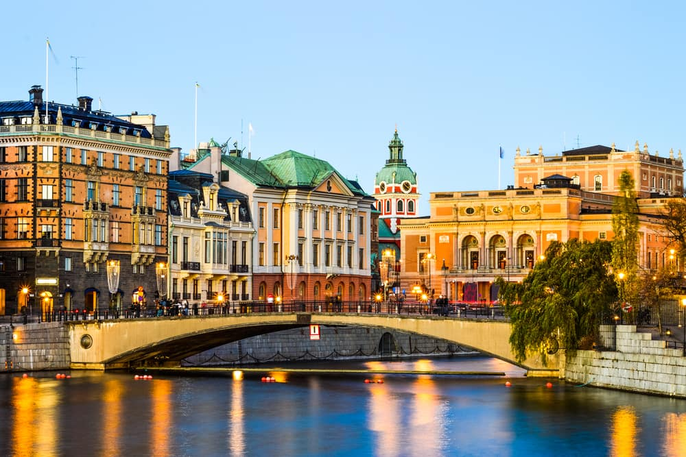 Los Angeles to Stockholm Sweden $488 RT Airfares on Finnair (Limited Travel October 2021)