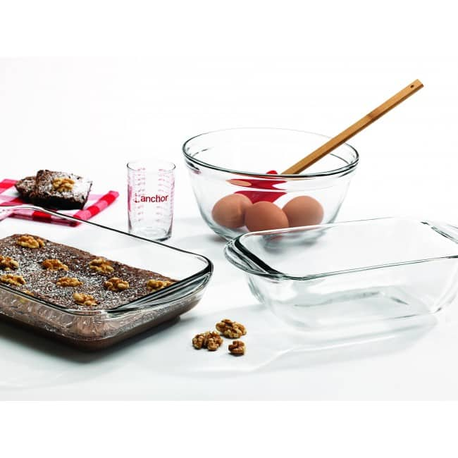 Oneida Sale: 4-Piece Anchor Hocking Essential Baking Set  $6.80 & More + Free S&H