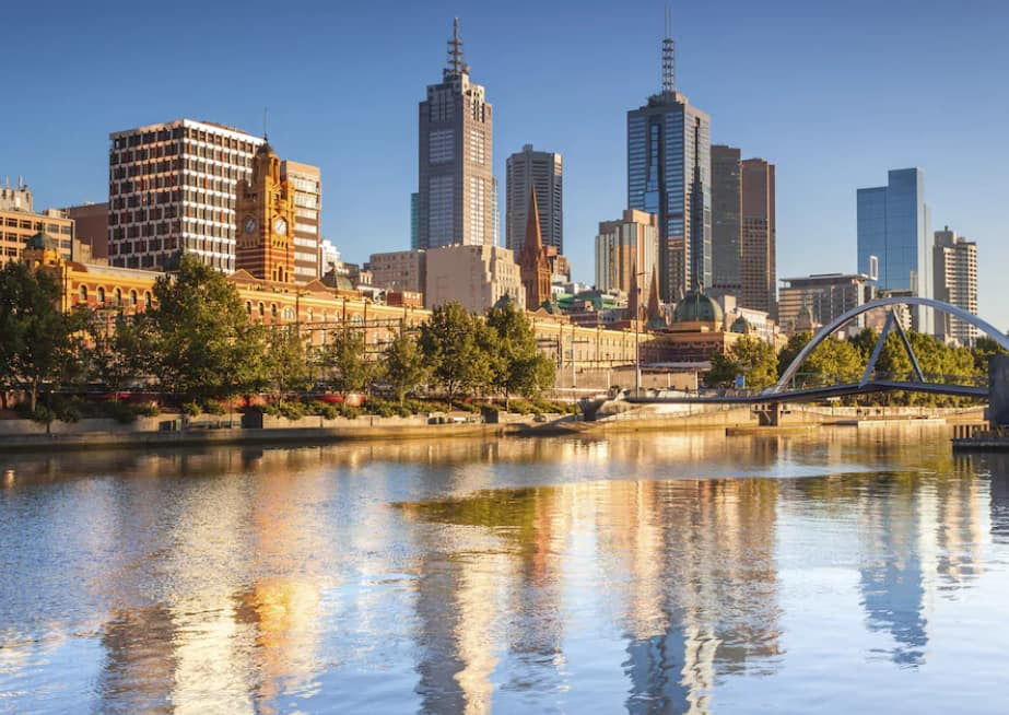 Los Angeles to Melbourne Australia $597-$611 RT Nonstop Airfares on Virgin Australia or Qantas (Travel May-November 2020)