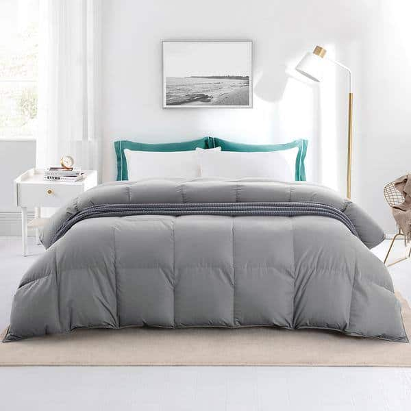 Ultra Soft All Seasons Down Comforter Peach Skin Fabric 600 Fill Power Baffle Box Construction , Twin Size $76.5 Full Size $85, King Size $98.59 + Free Shipping