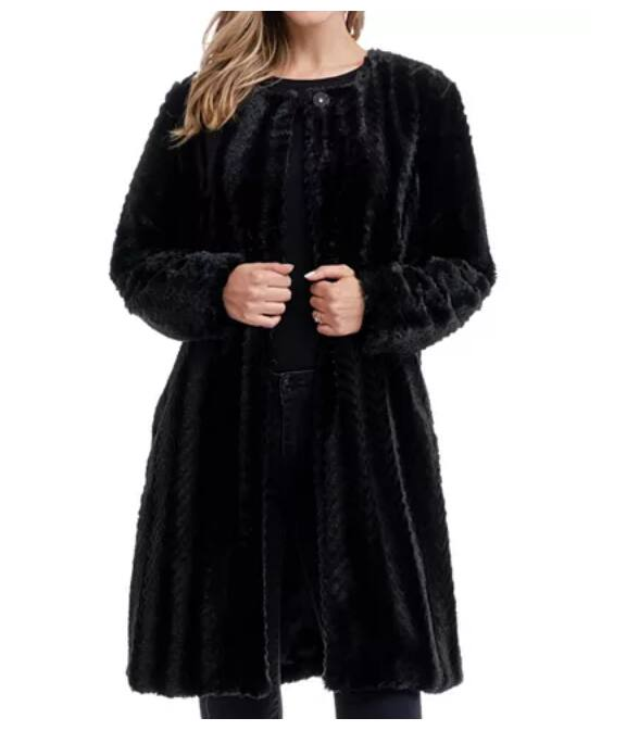 Fever Solid Women's Faux Fur Coat (2 colors) $39.20 + Free shipping