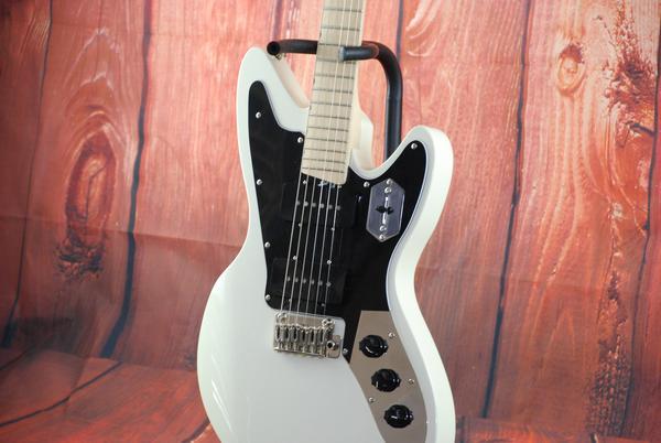 50-60% Off Select Guitars at DreamStudioGuitars.com