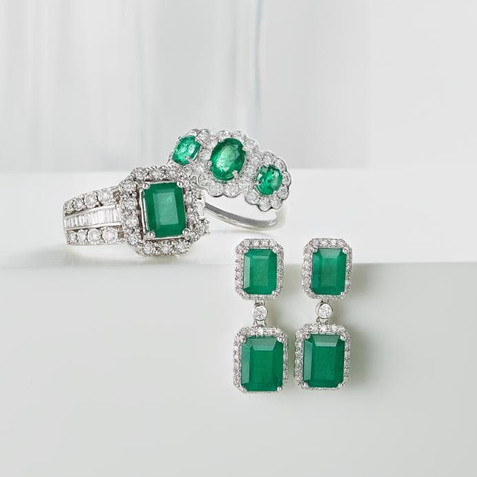 Macy's: 30-55% + an Extra 20% Off Fine Jewelry with code SHINE
