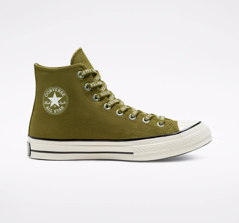 Converse: Buy Two or More Chucks and Get 25% Off