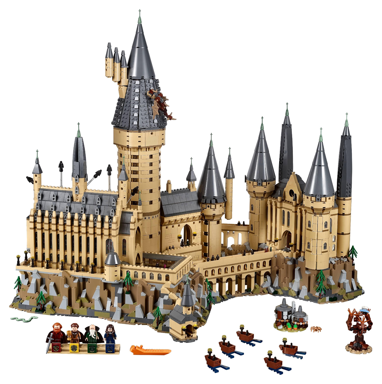 Zavvi: LEGO Harry Potter Hogwarts Castle Toy (71043) +  LEGO Harry Potter: Hedwig Display Model Moving Wings (75979) Bundle $399.99 + FS