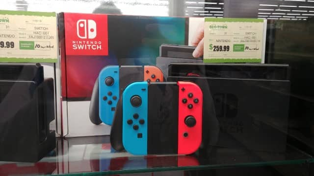 Eco-Town - Santa Ana, CA - US/JPN Nintendo Switch $259.99 (Like-new, some hackable!)