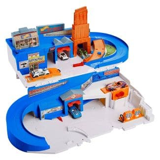 Hot Wheels Flying Customs Sto & Go Trackset w/ 5 Cars (Retro 80s Toy) for $29.99 *Target Exclusive