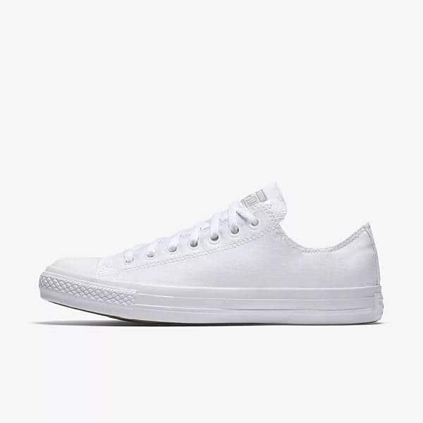8c2deb8dbb231a Converse Chuck Taylor Monochrome Low Top Shoes (White)  25