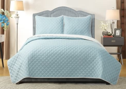 3-Piece Harper Lane Reversible Quilt Set Full/Queen (3 colors) $18.78, King (Blue/White) $21.44 & More + Free S/H on $35+