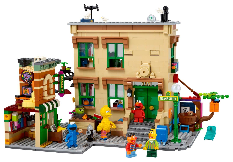 LEGO 123 Sesame Street set is back in stock
